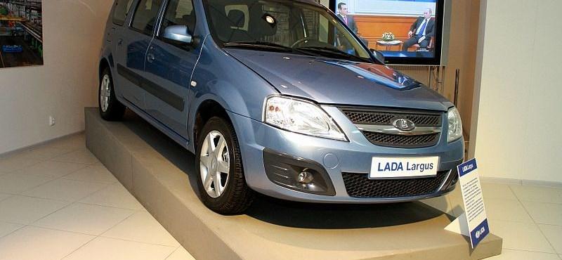 Megérkezett az új Lada - fotó, videó