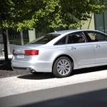 Milyen autóval járnak a miniszterek? Erősen titkolják