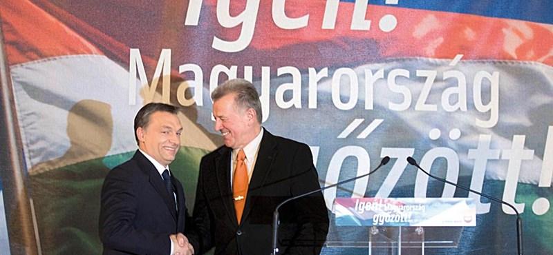 Schmitt felszólal, de előbb Orbánnal egyeztet