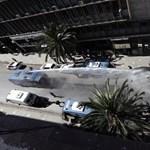 Vízágyúval oszlatták a százezernyi tüntetőt Algériában