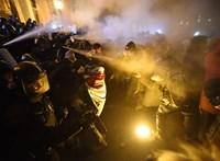 A Fidesz szerint bűnözői körök vesznek részt a tüntetéseken