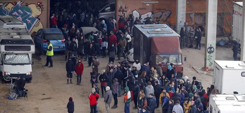 Több spanyol tartomány is szigorított a korlátozásokon az illegális barcelonai rave-parti miatt