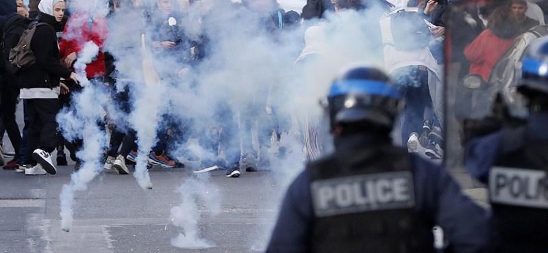 Hatalmas tüntetést szerveztek a tanárok Tunéziában, magasabb bérért harcolnak
