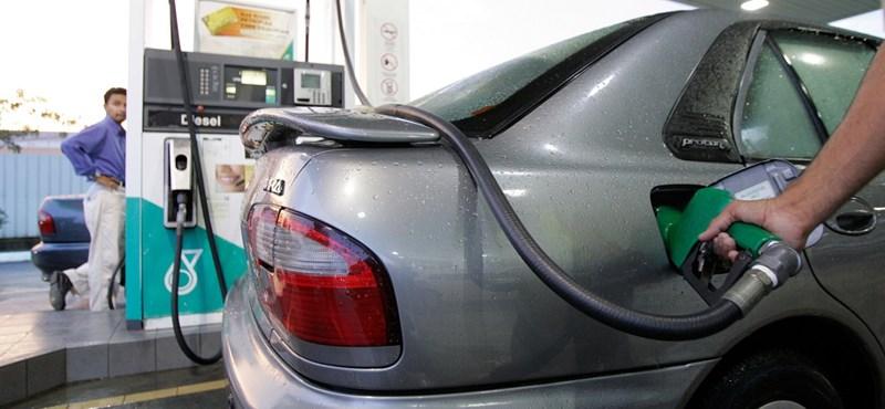 Tovább nő a gázolaj ára, a benziné csökken