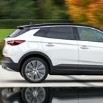 Újabb zöld rendszámos: itt a második hibrid Opel Grandland X