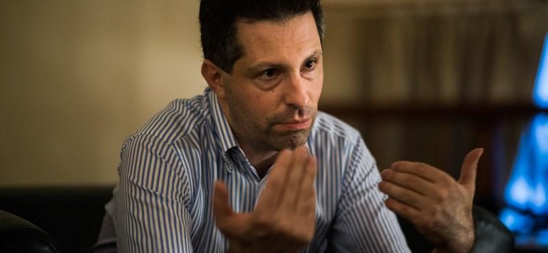 Megütötte Bajnai harcba szállása a tagsága és a választói között őrlődő LMP-t