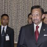 Halálra kövezéssel fogják büntetni a homoszexualitást és a házasságtörést Bruneiben