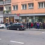 Az utcán állt a sor a magyar író legújabb regényéért