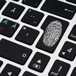 Az otthoni billentyűleütéseket rögzítő kormányzati vírust terjeszthetnek nagy internetszolgáltatók