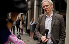 Újabb vádak Assange ellen