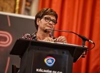 Ingyenes tömegközlekedés 18 éves korig, légkondicionált 3-as metró – kiállt ígéreteivel Kálmán Olga