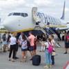 Tisztességtelen kereskedelmi gyakorlat miatt megbüntették a Ryanairt és a Wizz Airt
