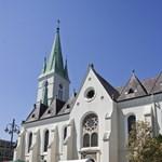 Kaposvár saját erőből épített új városi piacot