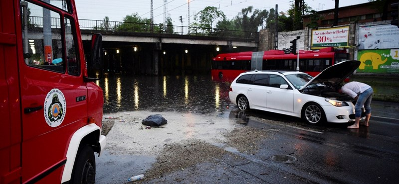 """""""Nincs az a csatorna, amelyik ezt elvezetné"""" – miért kerül víz alá Budapest?"""
