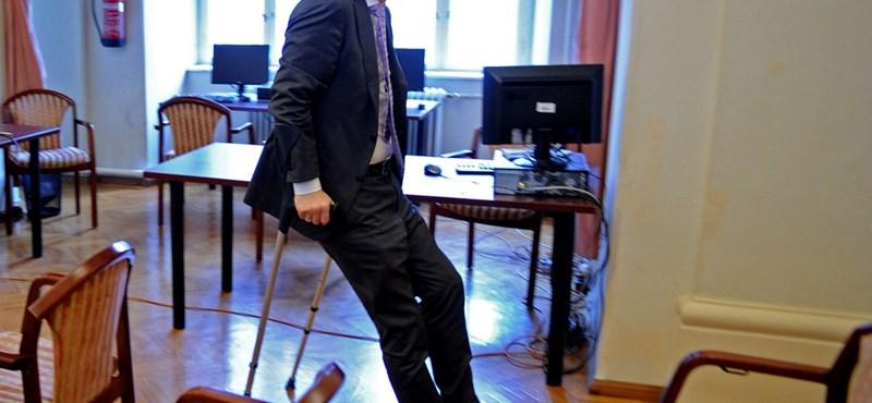 Horváth Csaba: Akinek nincs jogsija, együgyűen gondolkodik