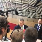 Orbánt tényleg nem érdekli már a plakáttörvény