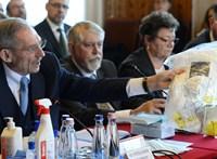 Pintér Sándor már a kórházak szerződéskötéseibe is beleszólhat