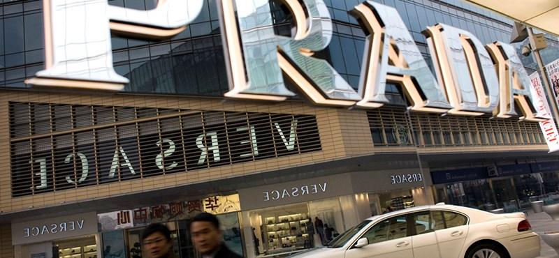 A kínaiak szórják el a legtöbb pénzt luxuscikkekre