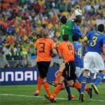 Brazília saját magát ejtette ki a focivébéről