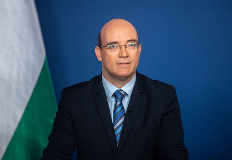 Maruzsa Zoltán: hétfőtől a szeptemberben bevezetett szabályok lépnek életbe