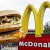 Hamburgerillatú gyertyákkal támad a McDonalds