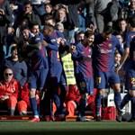 Messi egyik stoplisa nélkül, sportszárban adta a gólpasszt a El Clásicón