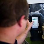 Becsléssel és diktálással is leolvashatóak a gázmérőórák a szolgáltatóváltáskor