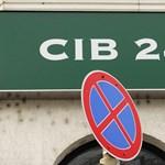 Készüljenek a CIB-esek, leáll egy időre a készpénzfelvétel és az online bankolás