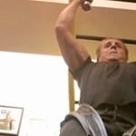Nem semmi: így gyúr a 71 éves Stallone (videó)