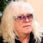 Kóbor János: Egy Benkő Laci nem tud meghalni