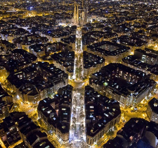 Lenyűgöző drónfotók a város fölül – galéria
