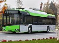 Jönnek aze-buszok Paksra