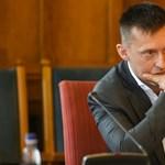 Az ingatlanpiacon is robbanthat Rogán Antal kedvenc kommunikációs cége
