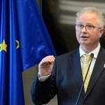 Az EB kettős mércéjére és politikai nyomására panaszkodik Trócsányi