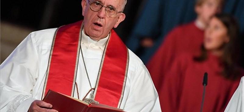 Most már maga Ferenc pápa is átírná a Miatyánkat