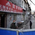 Vuhanba látogatott a kínai elnök, ez többek szerint jó jel