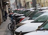 Vizsgálja a rendőrség az infarktusa miatt rossz helyen parkoló, majd megbírságolt nő ügyét