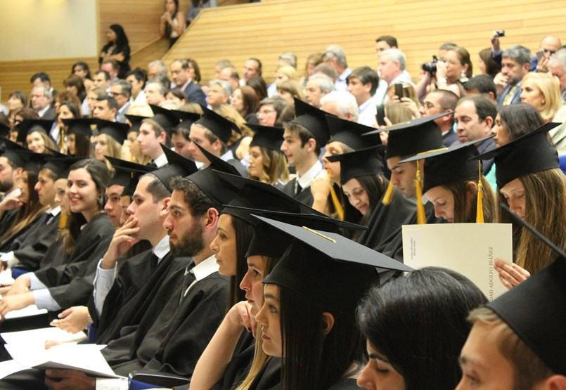 Mennyi idő alatt találnak állást a friss diplomások? Képzési területi lista