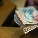 Egy rakás pénzt várnak Orbánék a kisvállalkozóktól