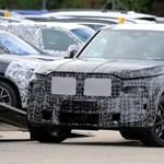 Alakul a BMW szuper SUV-ja az X8