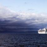 Bajba került óceánjárók - megdöbbentő videók