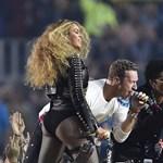 Videó: Beyoncé ellopta a show-t a Coldplay elől a Super Bowl szünetében