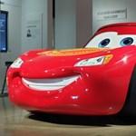 Bepillantana a világ egyik legjobb autós múzeumába? Segítünk