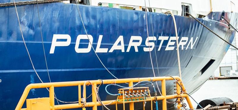 Jégtáblához ragasztva sodródnak minden idők legjelentősebb sarkkutató expedíciójának résztvevői