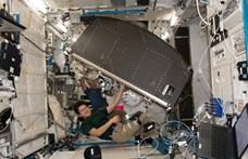 Felküldött egy nagy fekete dobozt a NASA a Nemzetközi Űrállomásra, új időszámítás kezdődik