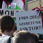 Csőre töltött kamerákkal indult a Békemenet - videó