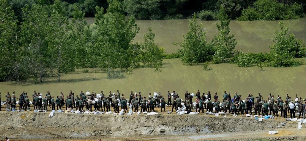 Árvíz 2013, Duna árvíz, légifotó