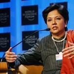 Lelép a világ egyik legismertebb női csúcsmenedzsere