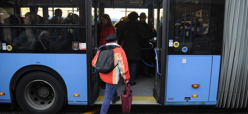 A BKV irodistákkal, mérnökökkel, szerelőkkel pótolja a buszsofőröket