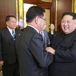 Őrizetbe vettek egy Kim Dzsong Un-hasonmást Szingapúrban